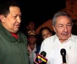 Raúl Castro se reúne com Hugo Chavez em Cuba. Foto: AIN